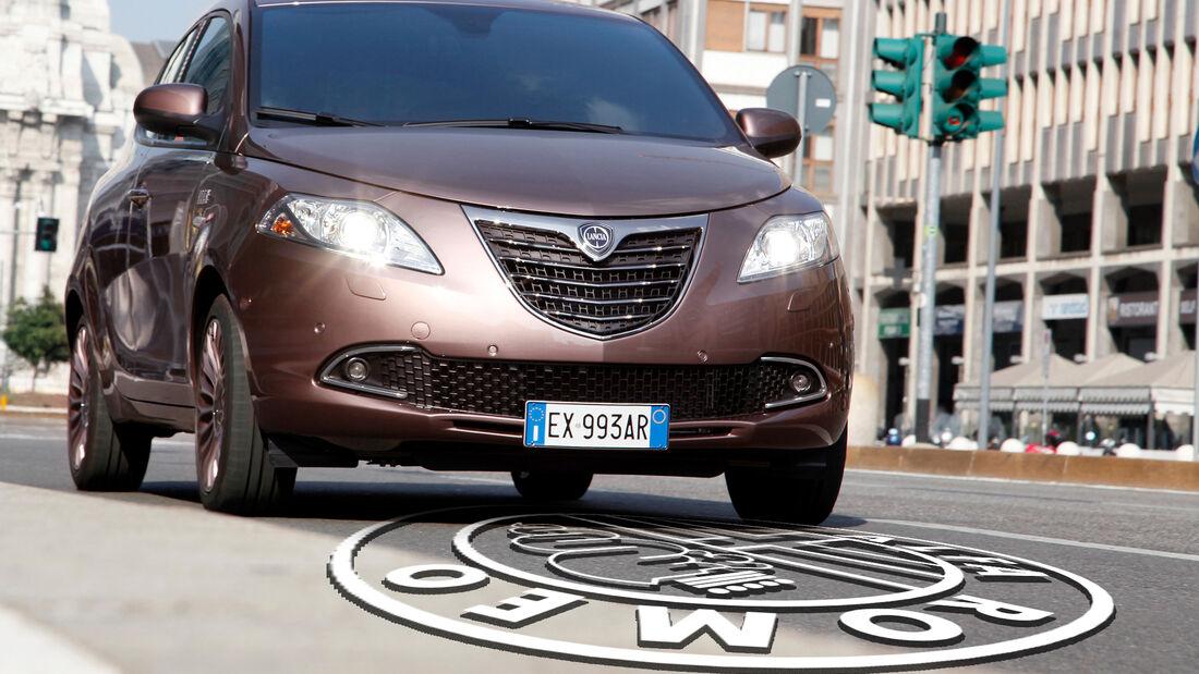 Lancia Ypsilon Absatz Alfa Romeo Logo Collage