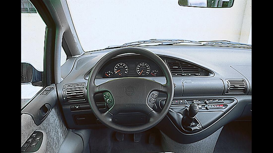 Lancia Zeta 2.0 Turbo, Cockpit