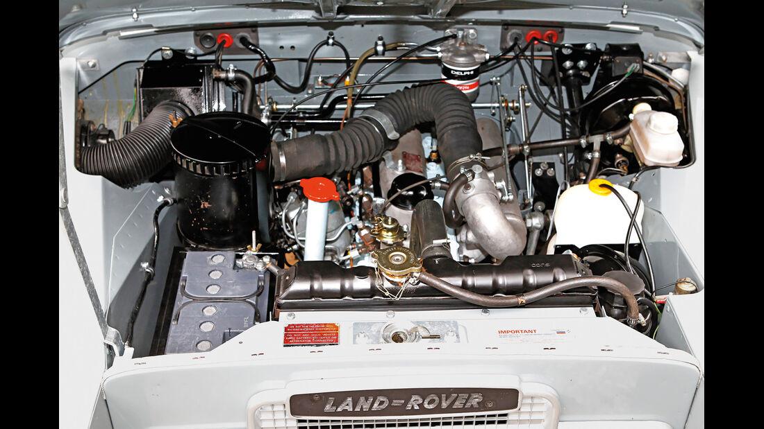 Land Rover 109 Diesel S III, Motor