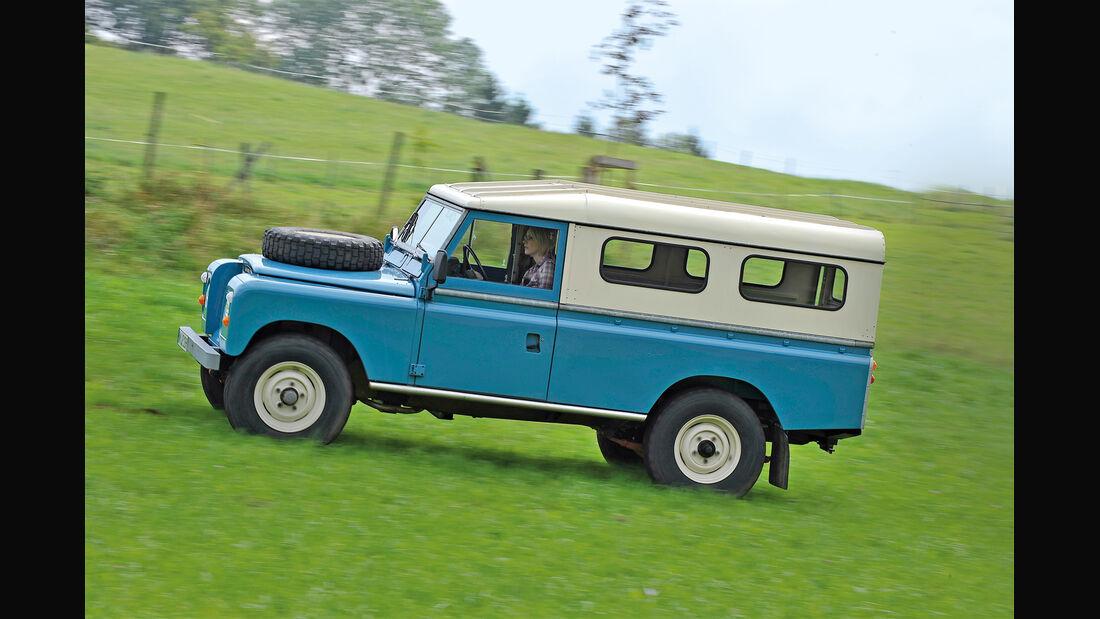 Land Rover 109, Seitenansicht