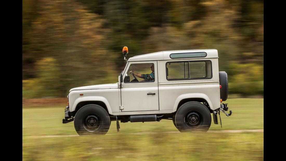 Land-Rover-90-V8-Seite