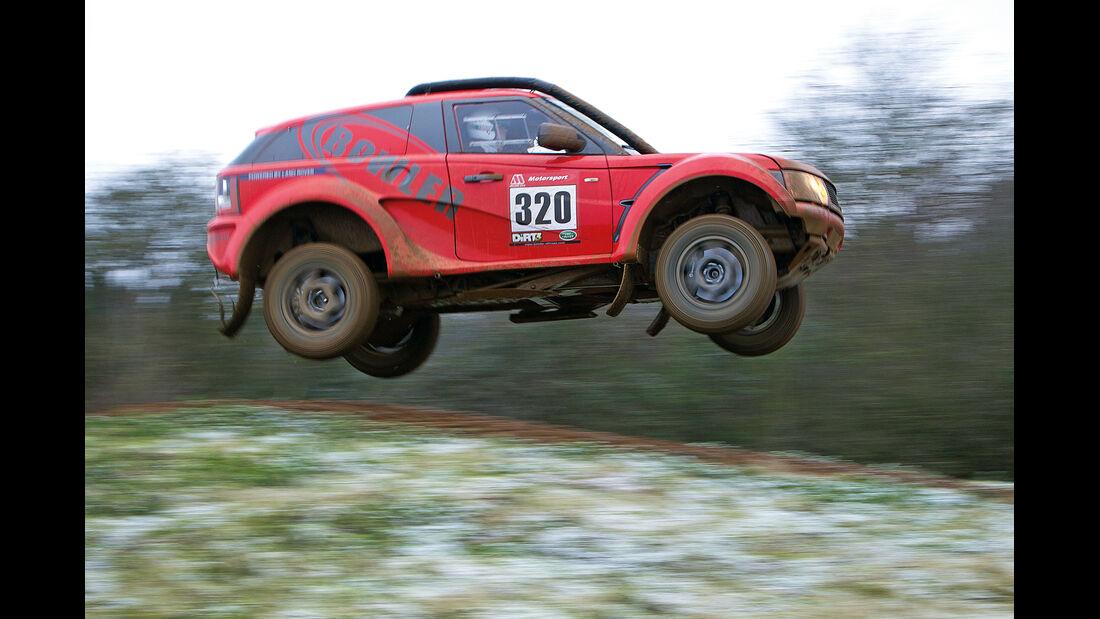 Land Rover Bowler EXR-S, Seitenansicht, Sprung