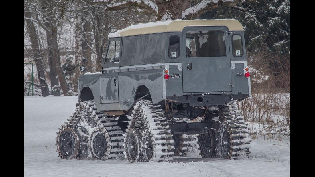 Land Rover Cuthbertson, Heckansicht