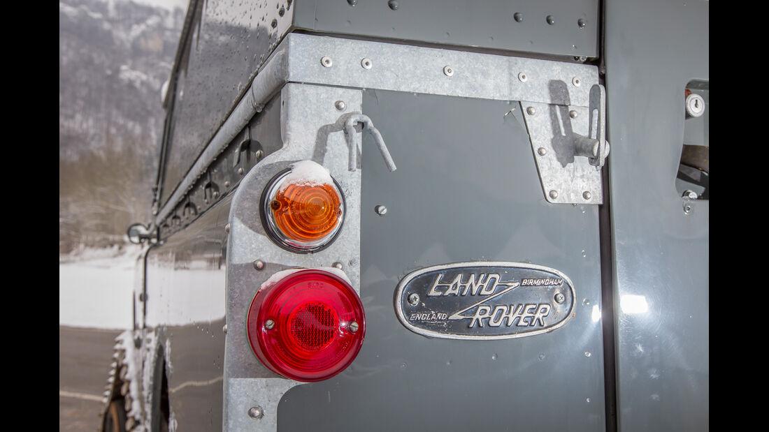 Land Rover Cuthbertson, Heckleuchte