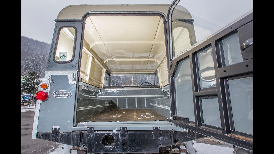 Land Rover Cuthbertson, Innenraum