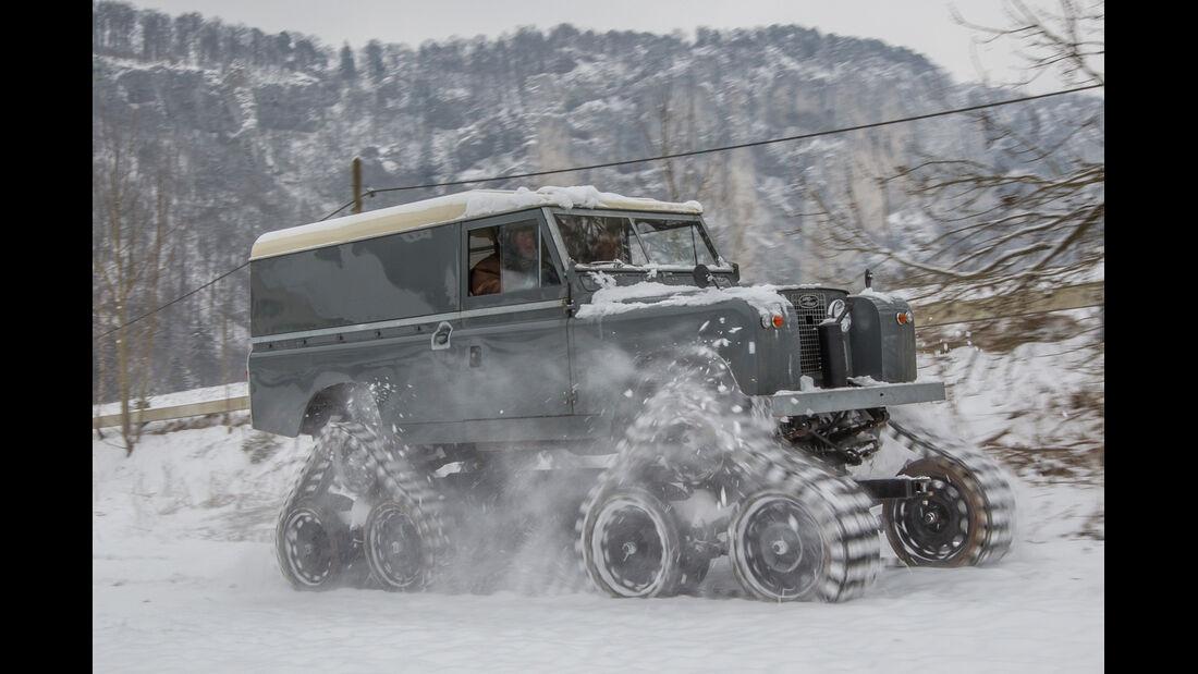 Land Rover Cuthbertson, Seitenansicht