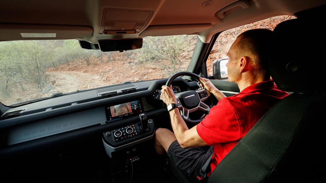 Land Rover Defender 110, Interieur