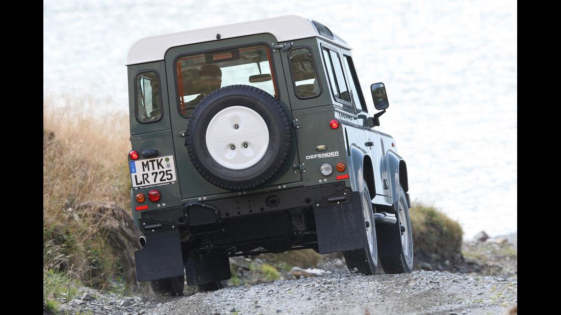 Land Rover Defender 90, Heckansicht