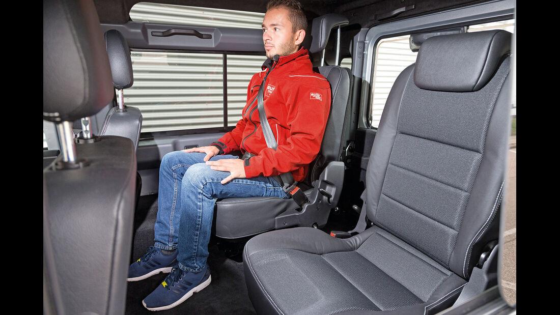 Land Rover Defender 90 Station Wagon, Fondsitze