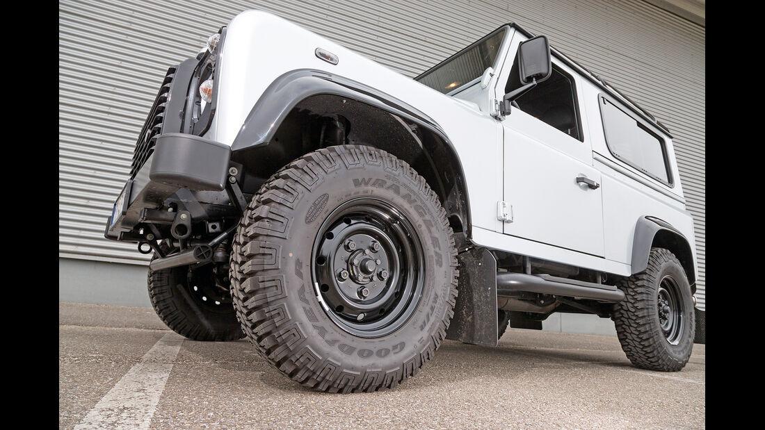 Land Rover Defender 90 Station Wagon, Rad, Seitenansicht