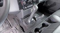 Land Rover Defender 90 Station Wagon, Schalthebel