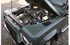 Land Rover Defender 90 TD4 - Motorraum