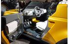 Land Rover Defender / DC100 Concept