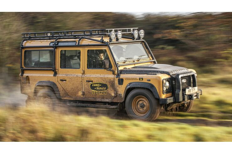Land Rover Defender Works V8 Camel Trophy | AUTO MOTOR UND SPORT - auto motor und sport