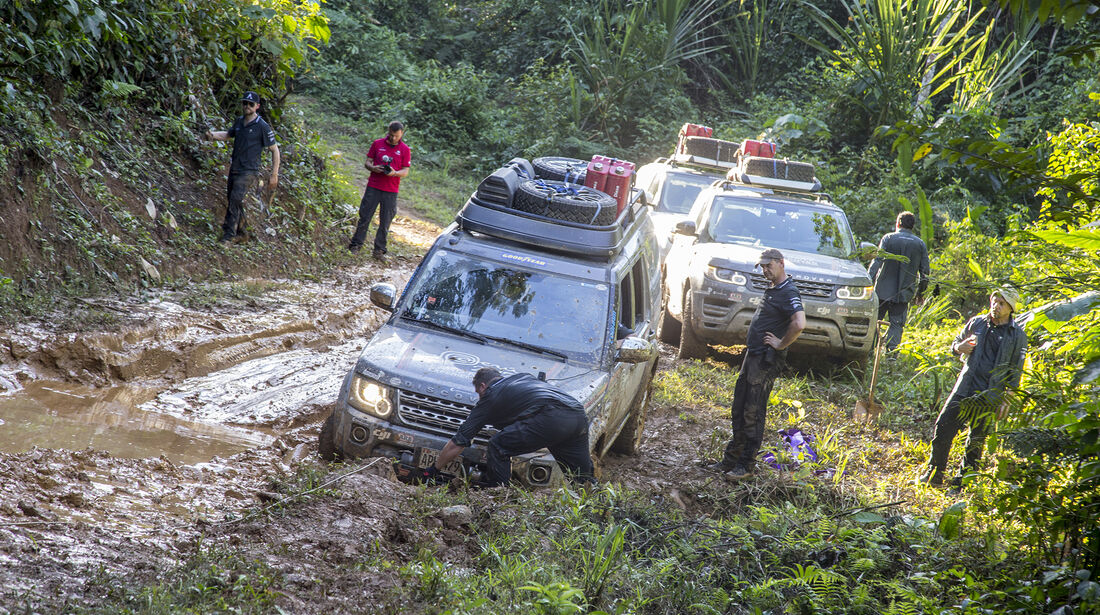 Land Rover Discovery und Range Rover