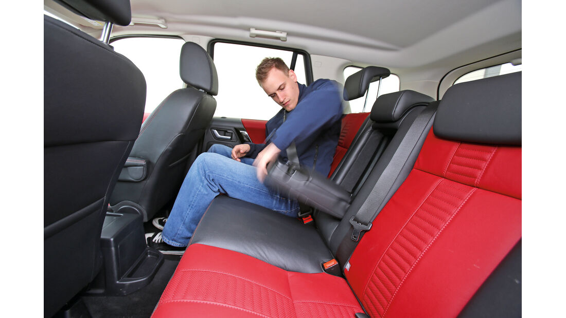 Land Rover Freelander 2.2 SD4, Rücksitz, Armlehne
