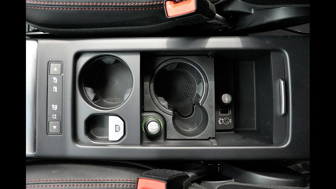 Land Rover Freelander 2.2 TD4, Mittelkonsole, Ablage