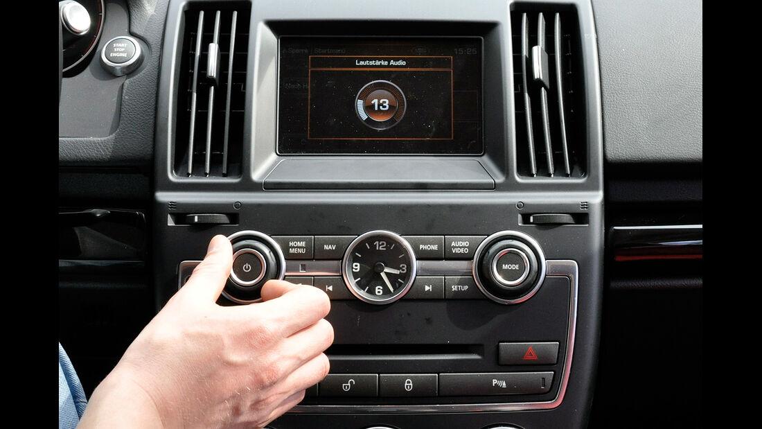Land Rover Freelander 2.2 TD4, Mittelkonsole, Infotainment