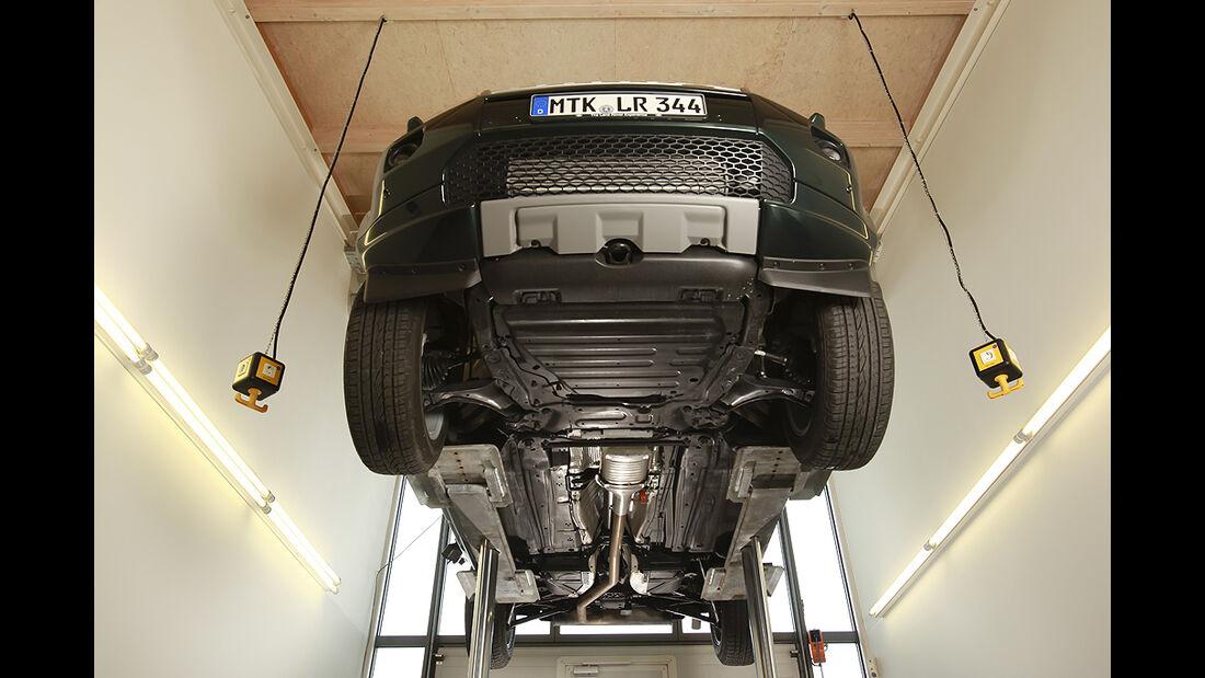 Land Rover Freelander, Hebebühne, Unterboden