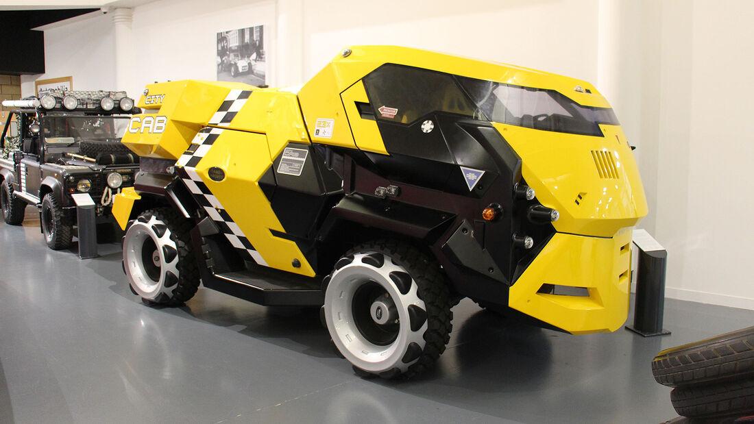 Land Rover Judge Dredd im British Motor Museum