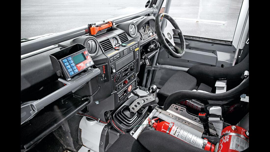 Land Rover Rallye-Defender, Cockpit