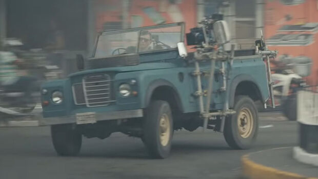 Land Rover Serie 3, James Bond