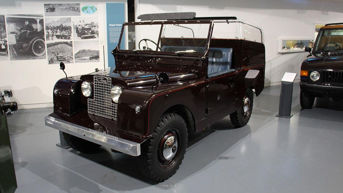 Land Rover Series I Royal Ceremonial Vehicle im British Motor Museum