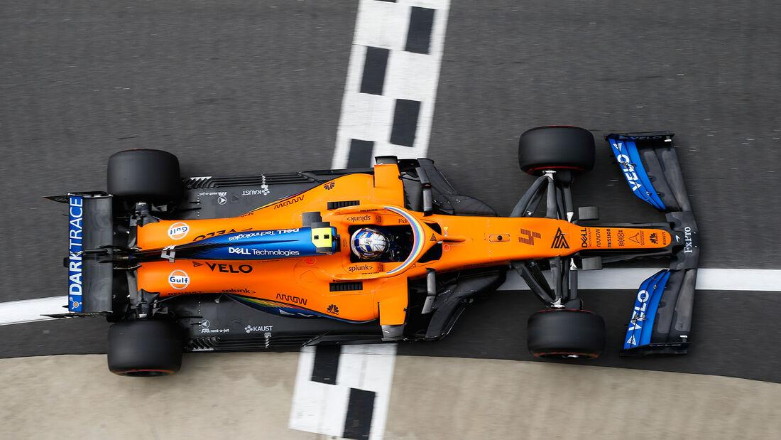 [Imagen: Lando-Norris-McLaren-Formel-1-GP-70-Jahr...713270.jpg]