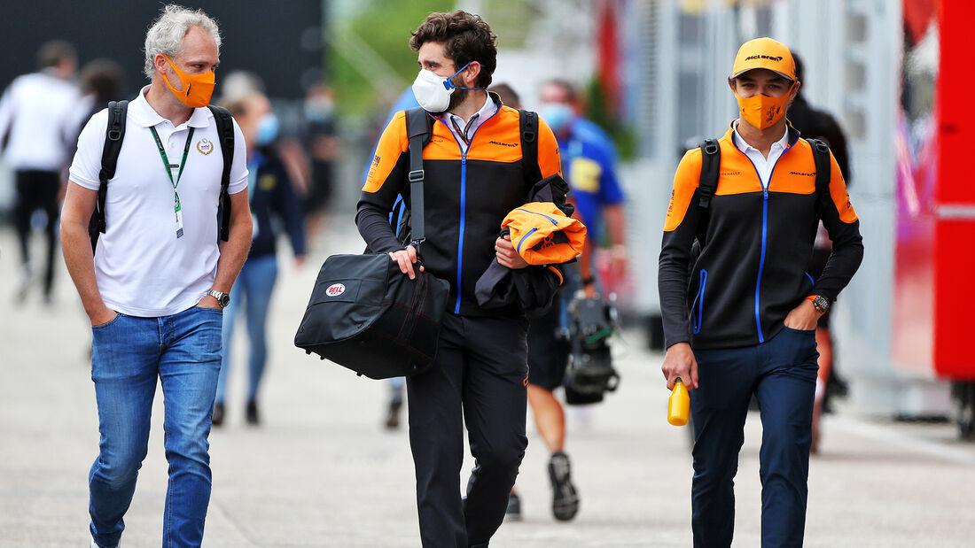 [Imagen: Lando-Norris-McLaren-Formel-1-GP-Ungarn-...707526.jpg]