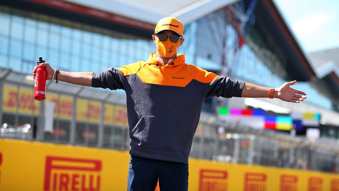 [Imagen: Lando-Norris-McLaren-GP-England-Silverst...710818.jpg]