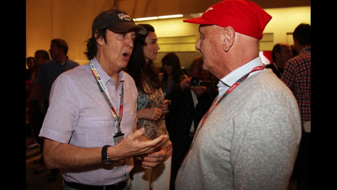 Lauda und McCartney - GP Abu Dhabi - Qualifying - 12.11.2011