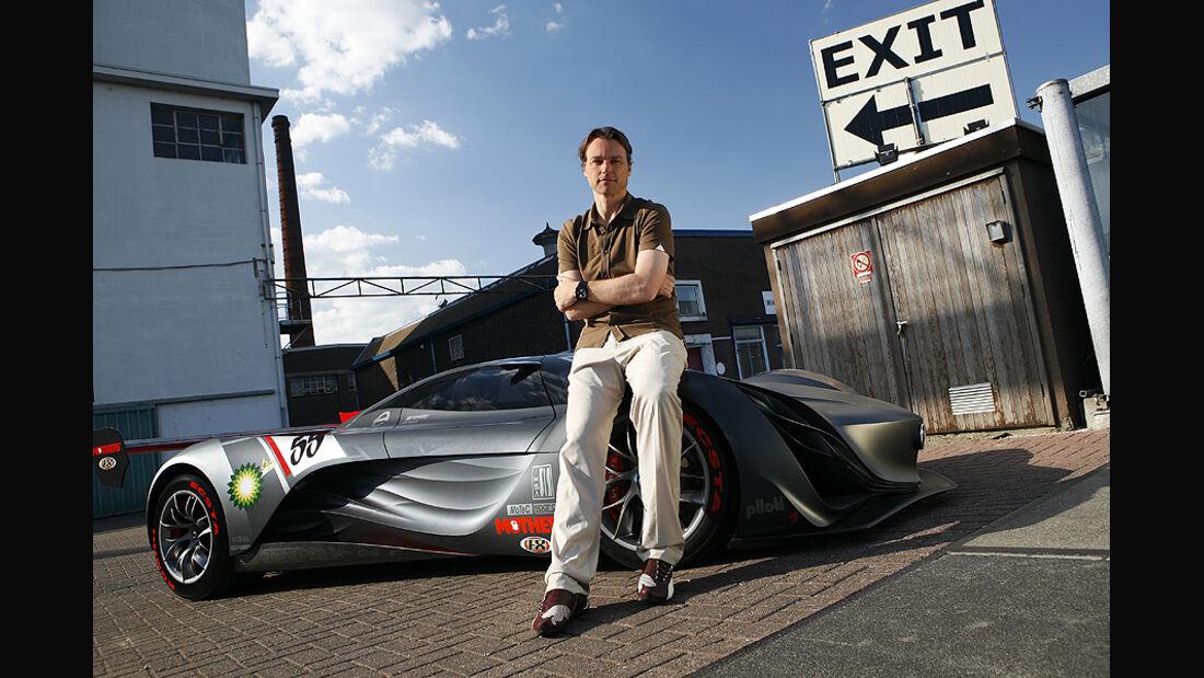 Laurens van den Acker, Mazda