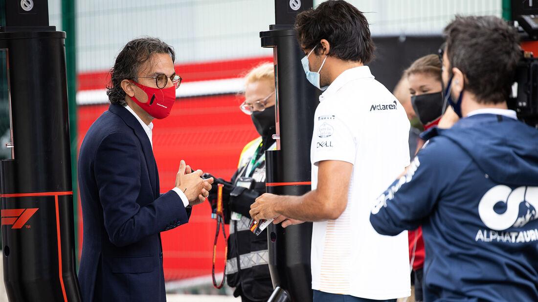[Imagen: Laurent-Mekies-Ferrari-Carlos-Sainz-McLa...718215.jpg]