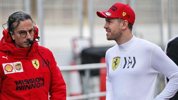 Laurent Mekies - Ferrari - Sebastian Vettel - Formel 1 - Testfahrten - Barcelona 2020