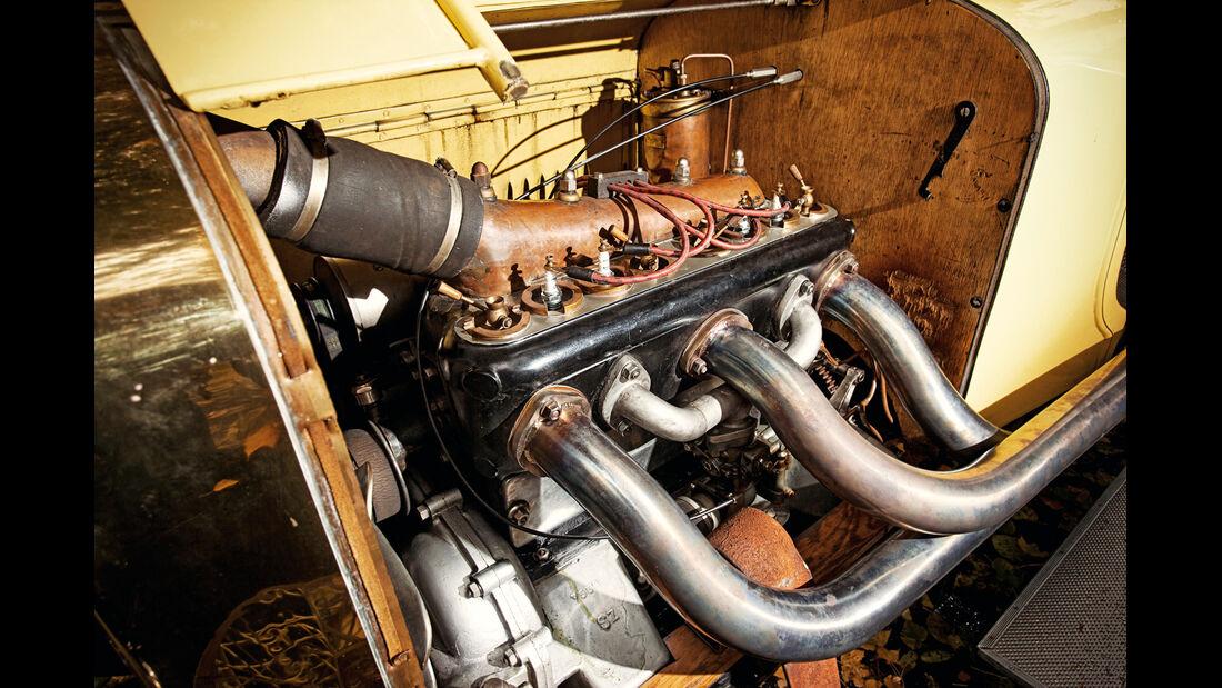 Laurin & Klement 300, Motor