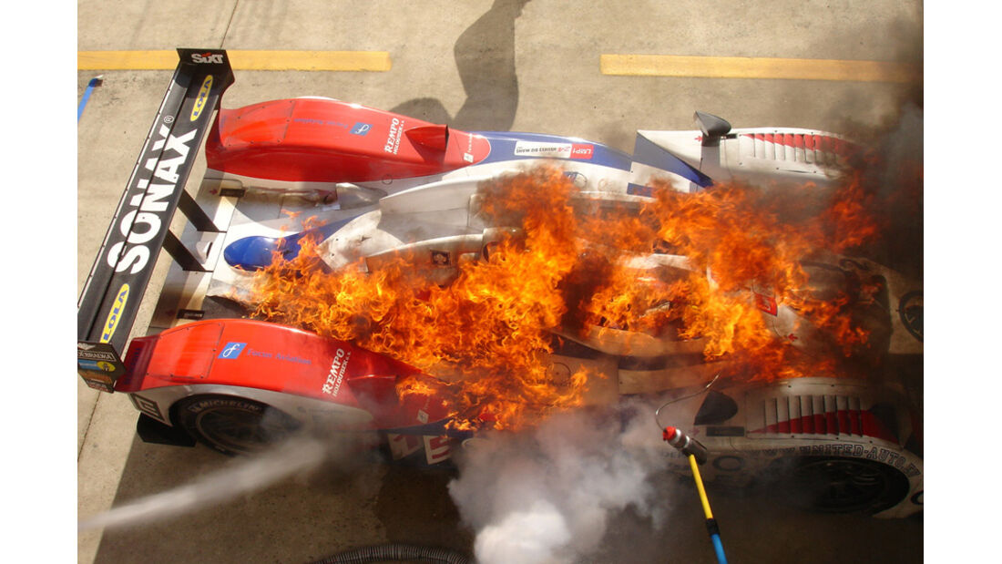 Le Mans - Feuerunfall Mücke