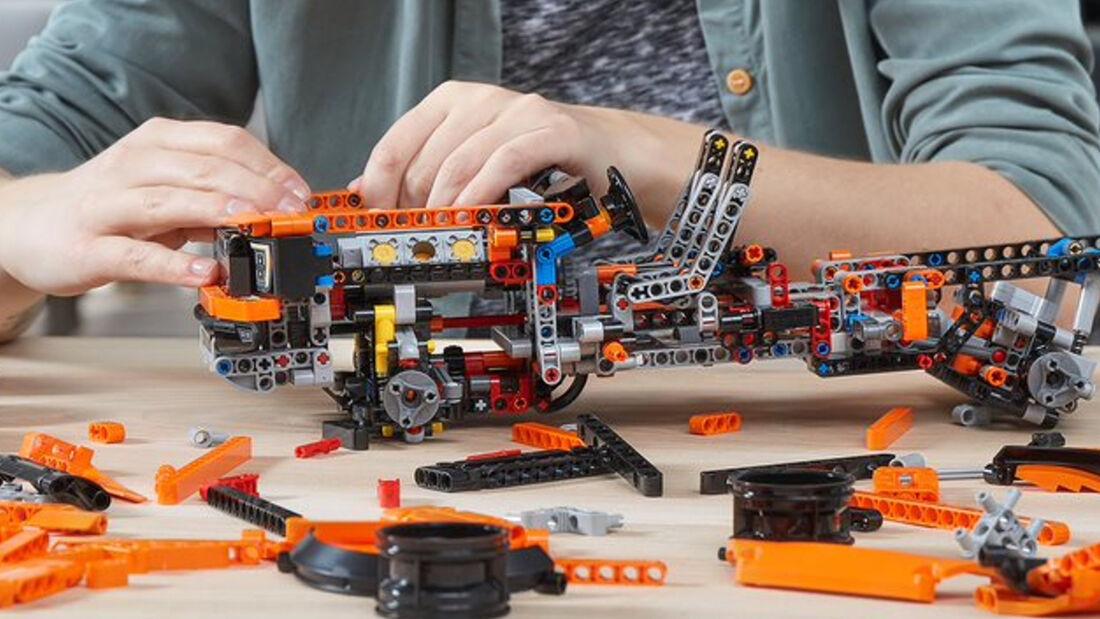 Lego Ford 150 Raptor