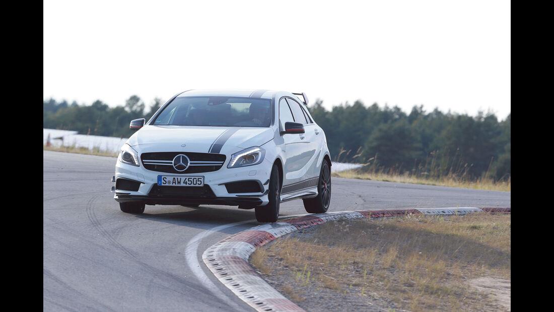 Leserwahl sport auto-Award B 021 - Mercedes A 45 AMG 4Matic