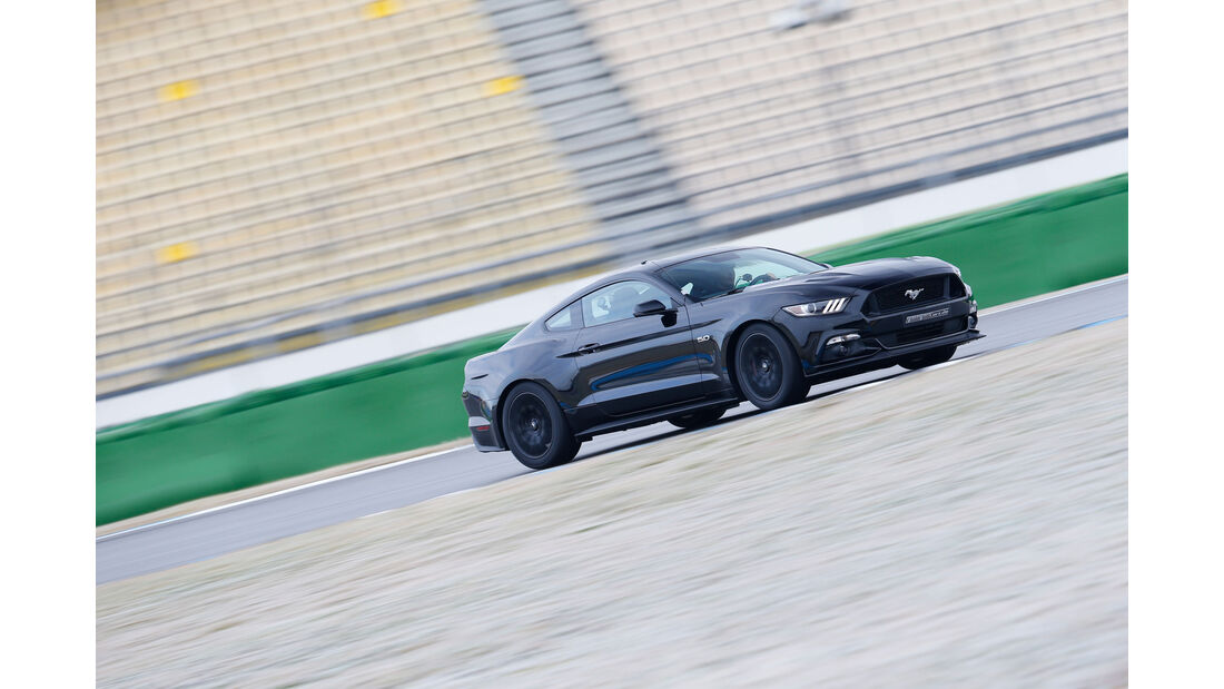 Leserwahl sport auto-Award L 107 - Ford Mustang 5.0