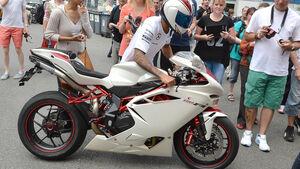 Lewis Hamilton - Bike - Formel 1 2015