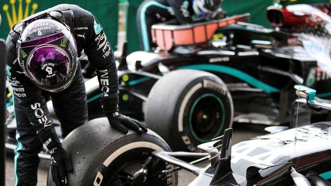 [Imagen: Lewis-Hamilton-GP-Belgien-2020-169Galler...718723.jpg]