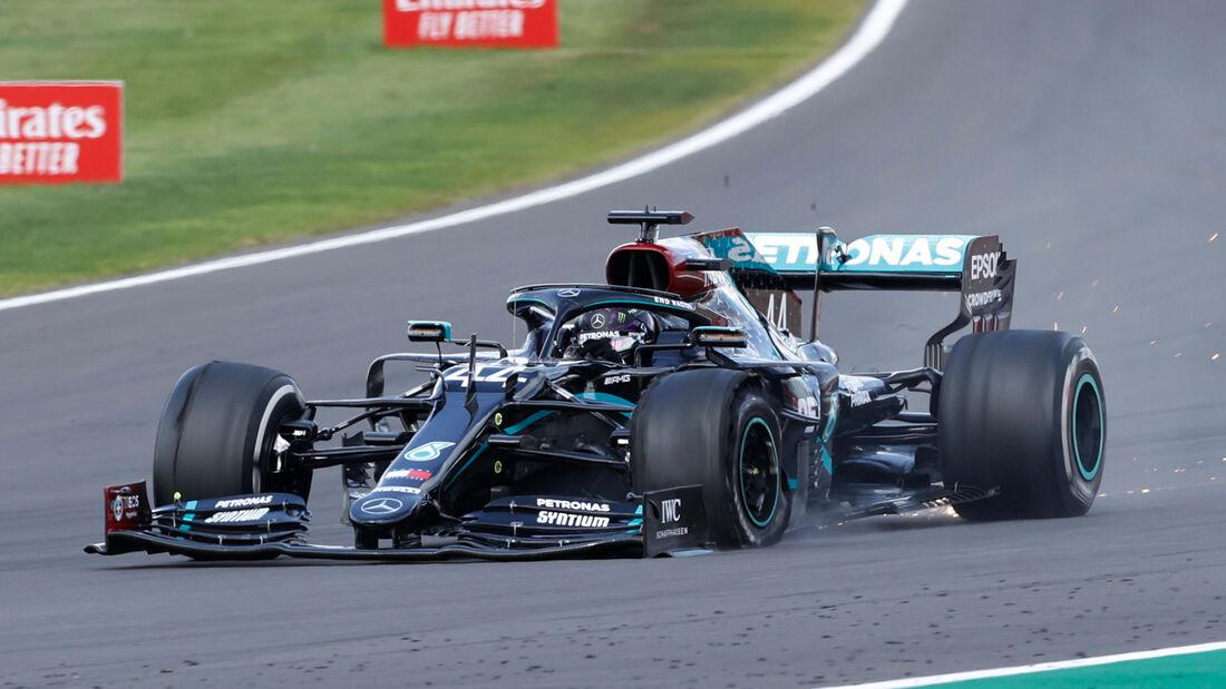 [Imagen: Lewis-Hamilton-GP-England-2020-169Galler...711555.jpg]