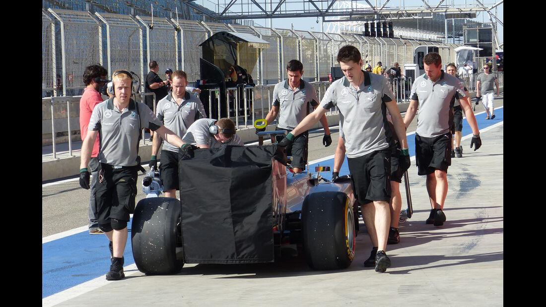 Lewis Hamilton - Mercedes - Formel 1 - Bahrain - Test - 2. März 2014