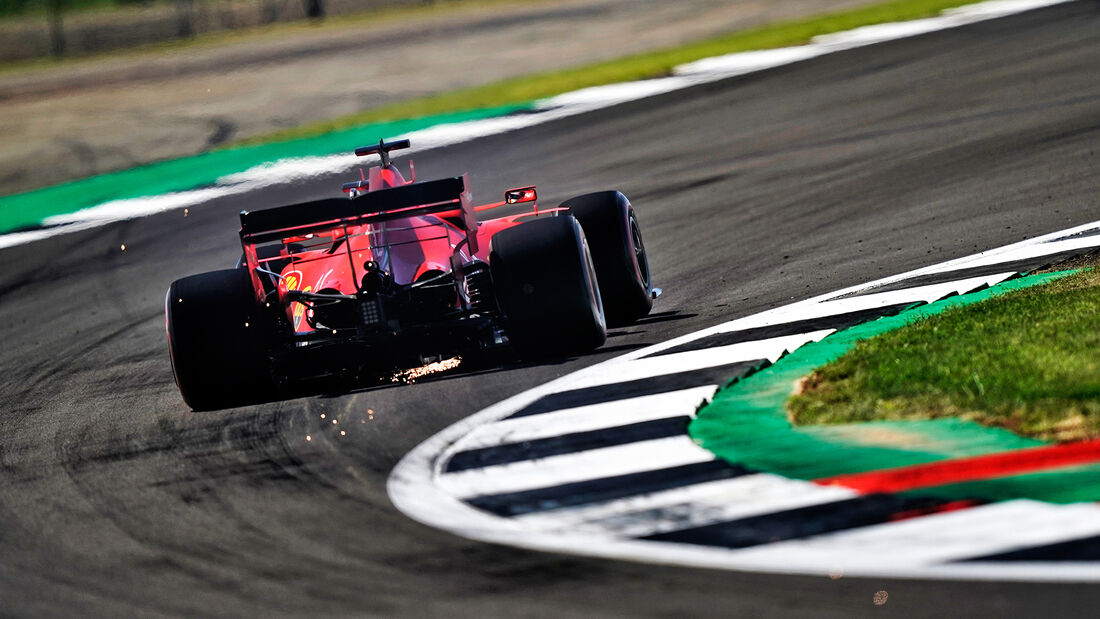[Imagen: Lewis-Hamilton-Mercedes-Formel-1-GP-70-J...713176.jpg]