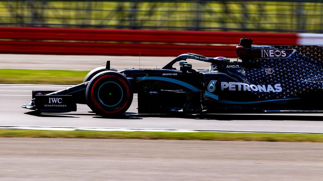 [Imagen: Lewis-Hamilton-Mercedes-Formel-1-GP-70-J...713256.jpg]