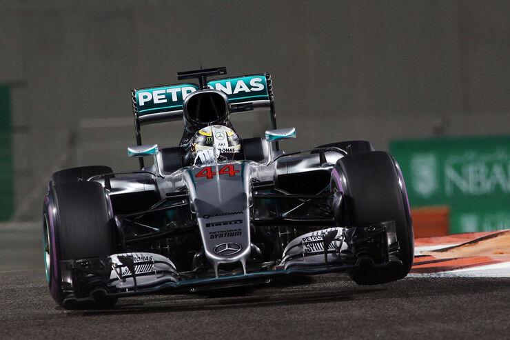 https://imgr1.auto-motor-und-sport.de/Lewis-Hamilton-Mercedes-Formel-1-GP-Abu-Dhabi-26-November-2016-fotoshowBig-f59d0e52-993046.jpg
