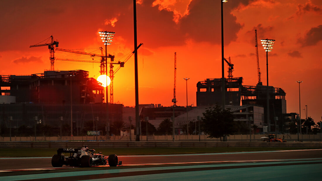 Lewis Hamilton - Mercedes - Formel 1 - GP Abu Dhabi - Samstag - 12.12.2020