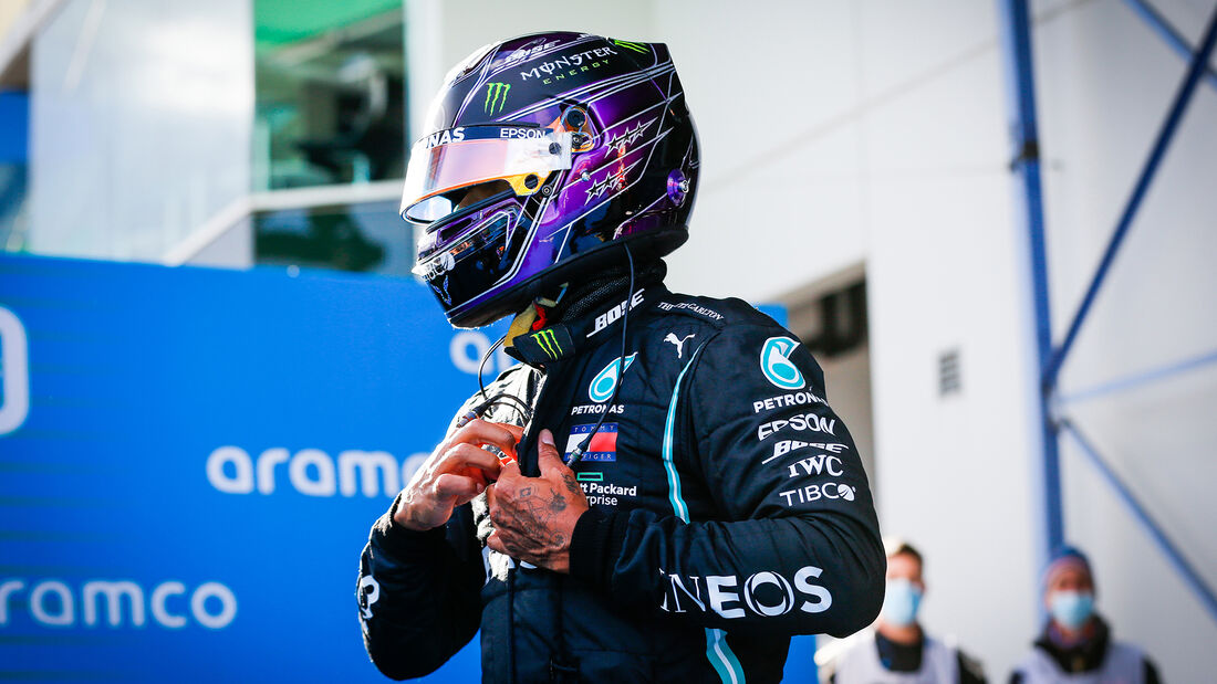 [Imagen: Lewis-Hamilton-Mercedes-Formel-1-GP-Eife...731490.jpg]