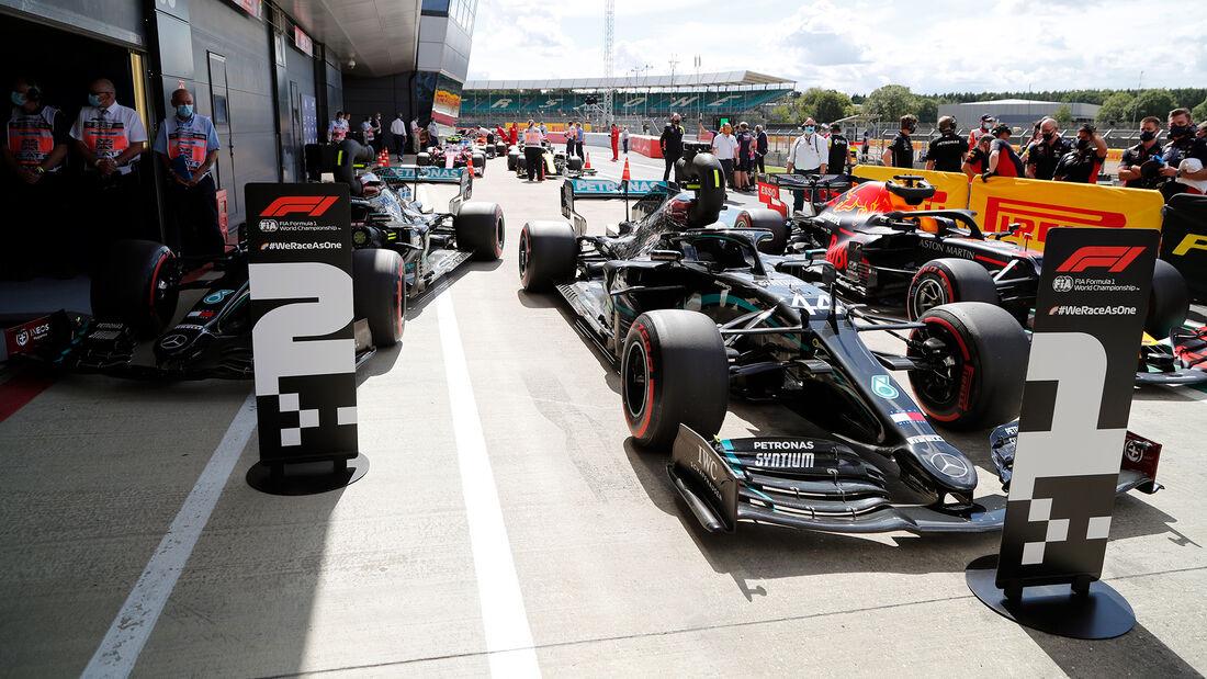 [Imagen: Lewis-Hamilton-Mercedes-Formel-1-GP-Engl...711442.jpg]