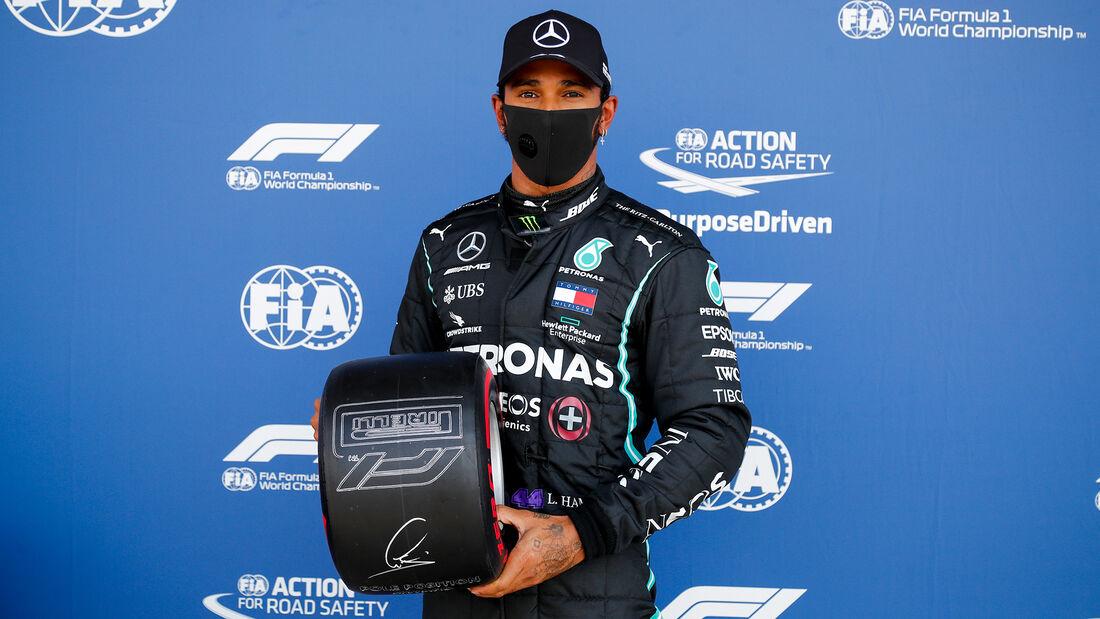 [Imagen: Lewis-Hamilton-Mercedes-Formel-1-GP-Engl...711452.jpg]